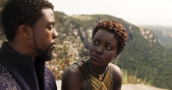 Marvel Studios' BLACK PANTHER L to R: T'Challa/Black Panther (Chadwick Boseman) and Nakia (Lupita Nyong'o) Ph: Film Frame ©Marvel Studios 2018