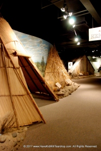 The 3 types of houses the 2 tribes used tradtionally